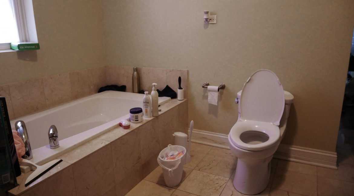 447_1 Bathroom 2