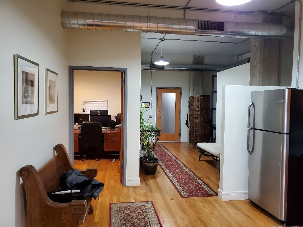 4809 N. Ravenswood, Chicago, Il 60613
